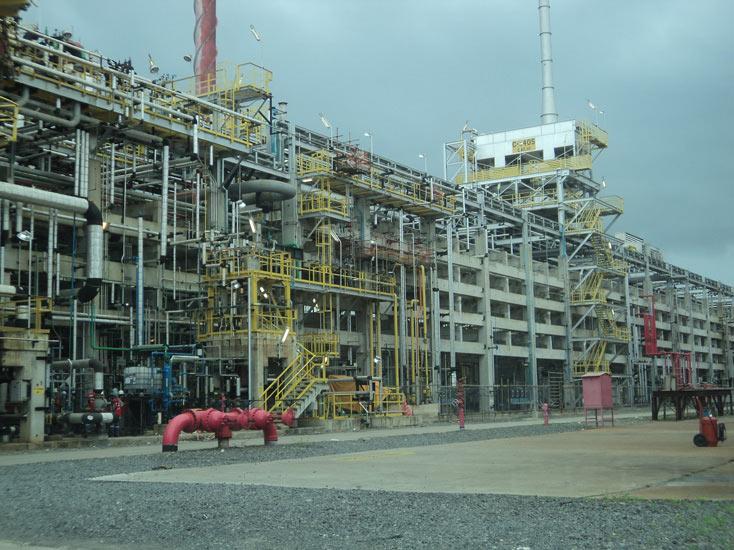 Resultado de imagem para Alusa Engenharia  refinaria